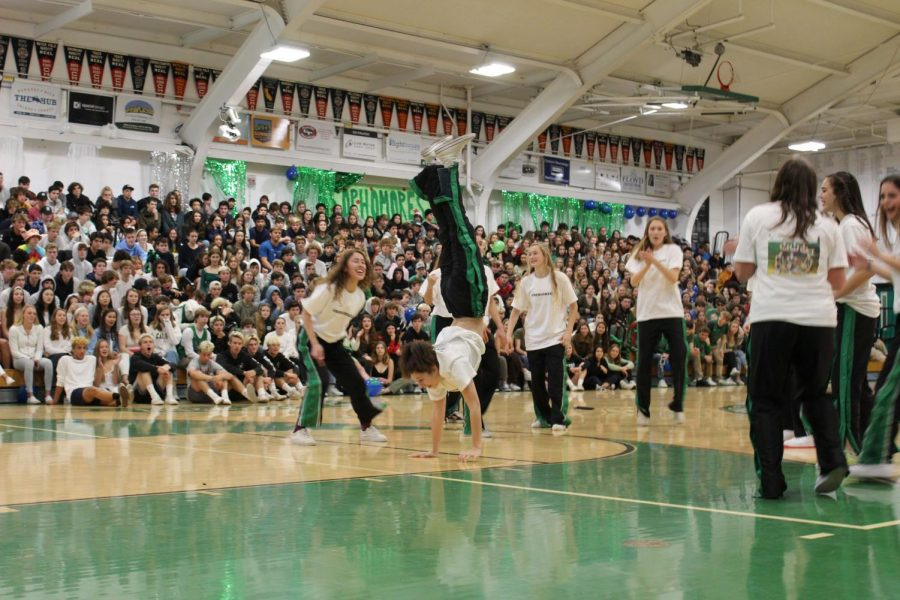 The+girls+basketball+team+preforms+during+the+winter+rally.